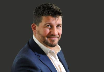 Tristan / office furniture specialist